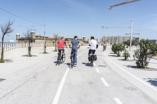 3-Hour Electric Porto Bike Tour 2