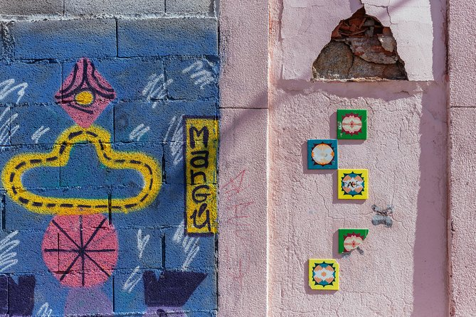 Contrasts of Porto Private Tour Classic & Urban Art 2