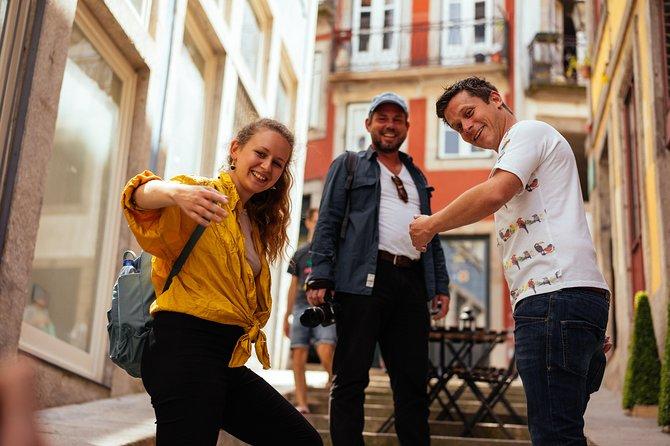 Contrasts of Porto Private Tour Classic & Urban Art 8