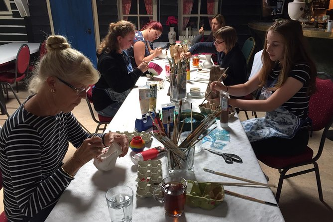 Half-Day Workshop Ceramic Painting in Katwoude 5