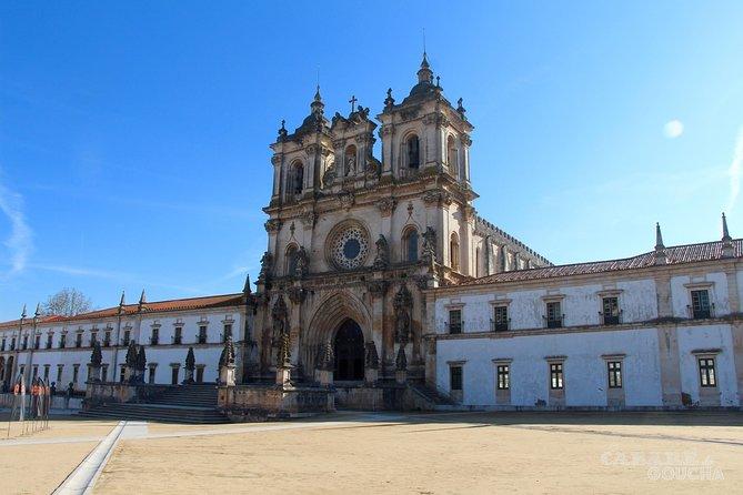 Nazaré and Óbidos from Algarve Private Tour 5